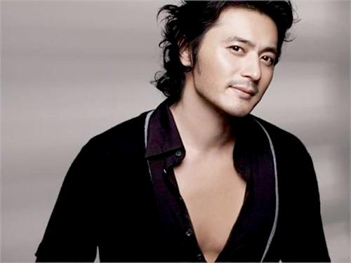Jang Dong Gun cũng được đánh giá cao nhờ gương mặt đẹp đàn ông.