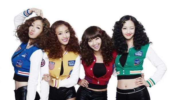 """Fan Việt """"tít mắt"""" với danh sách Kpop hit sẽ lên sân khấu vào 15/3"""