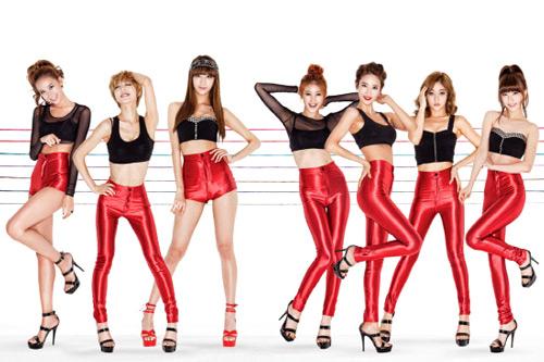 Nine Muses có chiều cao không thua kém người mẫu.