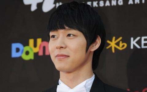 Cha của JYJ Park Yoochun đã qua đời